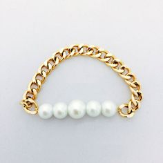 The Chloe Pearl and Chain Bracelet by PearlItUp on Etsy, $19.99
