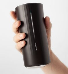 Vessyl, a cup that recognizes any beverage you pour into it, displays its nutritional content, and syncs all your drinking habits to your smartphone. C'est pousser un peu! Gadgets And Gizmos, Tech Gadgets, Cool Gadgets, Cool Technology, Technology Gadgets, Medical Technology, Energy Technology, Le Manoosh, Innovation