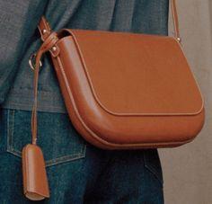 APC - BAG Handmade Handbags & Accessories - amzn.to/2ij5DXx Handmade Handbags & Accessories - http://amzn.to/2iLR27v