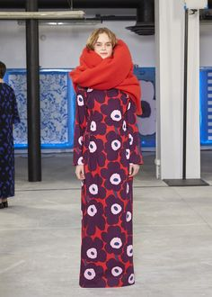 【From Paris Bureau】 Autumn / Winter Paris Collection The philosophy of Maison who is inherited Haida Art, Textile Patterns, Floral Patterns, African Textiles, Japanese Patterns, Marimekko, Textile Artists, Linocut Prints, Fall Winter