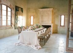 FOR THE RECEPTION || Rustic elegant table setting - Cal-A-Vie Retreat Editorial || NOVELA BRIDE...where the modern romantics play & plan the most stylish weddings.... www.novelabride.com @novelabride #novelabride #jointheclique