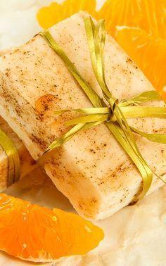 Seifen-Rezept für fruchtig duftende Orangenseife - aus nur 4 Zutaten.