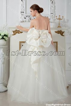 Ivory Ball Gown Dresses for 15 Quinceaneras with Bow IMG_1669:1st-dress.com Ball Gown Dresses, 15 Dresses, Flower Girl Dresses, White Quinceanera Dresses, Wedding Dresses, Body Shapes, Pageant, Wedding Venues, Tulle