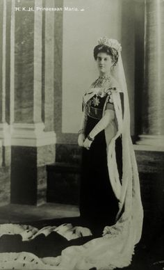 a full length image of Grand Duchess Maria Pavlovna, the Younger, in her Cartier sapphire tiara