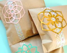 Omiyage Blogs: Wrap It With Washi Tape & Kirigami Flowers