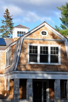 Kitchens I Have Loved: Barn Homes, Maine, and Brooke and Steve Giannetti Dutch Colonial Exterior, Dutch Colonial Homes, Hamptons Style Homes, Shingle Style Homes, Gambrel Roof, Exterior Siding, Architect Design, House Design, Architecture