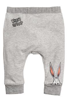 Leggings with Printed Design - Gray melange/Bugs Bunny - Kids Baby Boy Leggings, H&m Leggings, Leggings And Heels, Printed Leggings, Printed Shirts, Tribal Leggings, Boys Clothes Online, Boys Clothes Style, Cute Baby Clothes