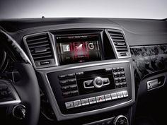Komfort, Sicherheit, Eleganz, Effizienz– die neue GL-Klasse von Mercedes‑Benz beweist in allen entscheidenden SUV-Disziplinen Führungsqualität und gilt daher als S-Klasse unter den Geländewagen. Parallel zur Markteinführung des First-Class-SUV präsentiert die Mercedes‑Benz Accessories GmbH jetzt First-Class-Zubehör. Informieren Sie sich unter 0800 91 91 999