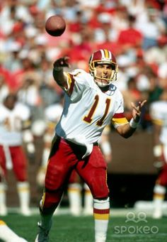 Mark Rypien in action.