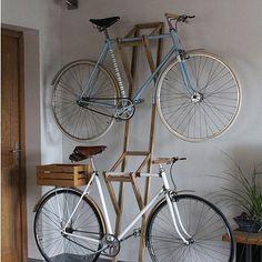 New Bike Storage Diy Gears 59 Ideas Bike Wall Storage, Bike Storage Apartment, Bike Shelf, Diy Storage, Storage Ideas, Indoor Bike Rack, Indoor Bike Storage, Rack Velo, Garage Velo