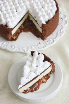 עוגת גבינה טריפל שוקולד עם קרמל מלוח