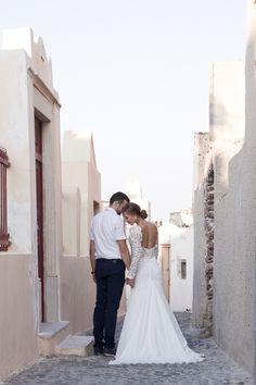 Honeymoon Photo Shoot in Oia Honeymoon Photography, Wedding Photography, Santorini Honeymoon, Santorini Photographer, Photoshoot, Wedding Dresses, Fashion, Bride Dresses, Moda