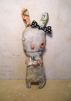 Art Dolls by Junker Jane- A little scary for me but wonderful work all the same.