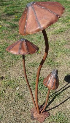 Metal Art Mushrooms