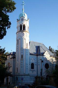 Blaue Kirche Bratislava - Art nouveau — Wikipédia