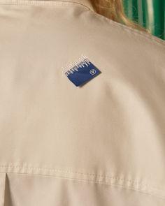 Basic Fashion Tips Label on the back.Basic Fashion Tips Label on the back 80s Fashion, Boho Fashion, Fashion Hats, Indian Fashion, Clothing Packaging, Clothing Labels, Tag Design, Label Design, Fashion Collage
