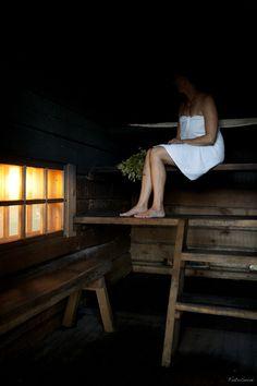 Finnish Smoke Sauna Sauna Shower, Traditional Saunas, Outdoor Sauna, Finnish Sauna, Water Purification, Cabin Fever, Outdoor Projects, Hygge, Finland