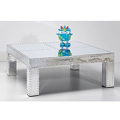 Salontafel Vegas 100x100 is een rvs tafel met industriele uitstraling uit de collectie van Kare Design en is nu te bestellen bij Furnies.nl!