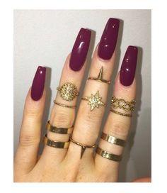 Image via We Heart It #beautiful #fashion #girls #gold #jewelry #nailart #nails #rings #style #cute