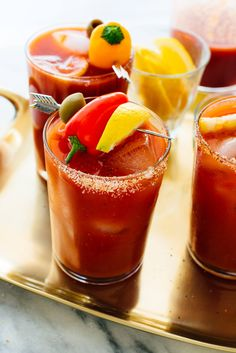 The BEST homemade Bloody Mary cocktails, made from scratch with simple ingredients! #bloodymary #bloodymaryrecipe #bloodymarymix #brunchcocktail