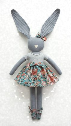 Adorable !!! Girls in grey  Fabric Bunny - blog Navy Plum