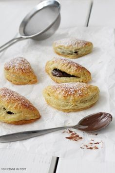 quark pastries filled with chocOlate nougat cream