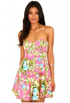Starr Tropical Bustier Skater Dress  http://www.missguided.co.uk/catalog/product/view/id/72918/s/starr-tropical-bustier-skater-dress/category/478/  #prom #girls #fashion #dress #promqueen #missguided #style #competition #win