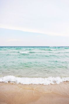 Signs that You Love the Beach Scenes from Miami | lark  linen