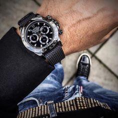 Rolex Wrist of @whatchsdotcom . Use hashtag #RolexWrist ------------------------------------------- #omega #hublot #rolex #rolexgmt #seadweller #skydweller #yachtmaster #datejust #airking #mondani #watchnerd #watchporn #wrongwrist #tudor #audemarspiguet #mbandf #urwerk #tagheuer #devontread #ulyssenardin #batman #daytona #explorer2 #submariner #rolexsubmariner #richardmille #patekphilippe #daydate #milgauss