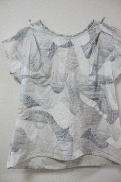 Mountain Views fabric Nani Iro - Bess top - like the pleats - by Miss Matatabi