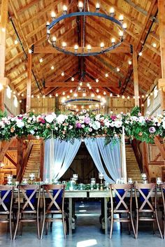 Wedding Trends - We have some of the gorgeous wedding decor trends that you may be wanting to try for your special wedding day. 2017 Wedding Trends, Wedding 2017, Free Wedding, Wedding Day, Destination Wedding Decor, Barn Wedding Venue, Elegant Wedding, Rustic Wedding, Wedding Venue Decorations