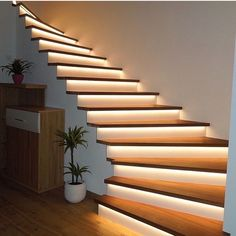 Minimalist interior staircase: enjoy a refined and modern interior .- Minimalist interior staircase: enjoy a refined and modern decor – interior – stairs Minimalist Interior, Modern Interior, Home Interior Design, Modern Decor, Modern Design, Pastel Interior, Home Modern, Minimalist House, Studio Interior