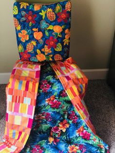 Parrot Head Parrot, Gift Wrapping, Quilts, Pillows, Fabric, Handmade, Design, Parrot Bird, Gift Wrapping Paper