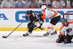 Sidney Crosby Pittsburgh Penguins vs Philadelphia Flyers Game 1 April 11