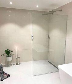 Bathroom Designs, Bathroom Ideas, Master Bedroom Bathroom, Chula, Showers, Bathrooms, Sweet Home, Bathtub, House Design