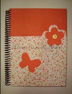 Caderno - flor e borboleta