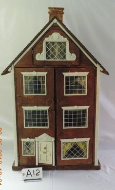 OPEN FRONT DOLL HOUSE. Three story old house, simple but interesting.  .....Rick Maccione-Dollhouse Builder www.dollhousemansions.com