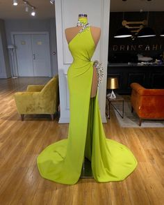Gala Dresses, Event Dresses, Club Dresses, Stunning Dresses, Pretty Dresses, Prom Outfits, Long Evening Gowns, Pageant Gowns, The Dress