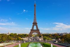 Planning a trip to Paris with #Traveloris is more fun than with any other tool. Build itineraries based on your preferences.