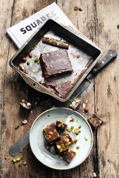 milk chocolate crunchy fudge with hazelnuts, almonds and pistachios