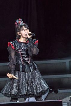 BABYMETAL at Yokohama Arena by Nyokinama (January 25 , 2017)