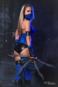Kitana - Cosplayer Angela Torre Cosplay  MC Illusion Photography