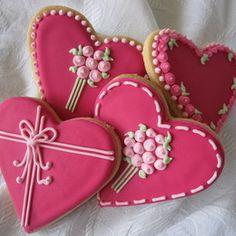 Sweet n Pretty Heart Flowers