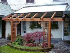 The pergola kits are the easiest and quickest way to build a garden pergola. There are lots of do it yourself pergola kits available to you so that anyone could easily put them together to construct a new structure at their backyard. Diy Pergola, Pergola Cost, Retractable Pergola, Building A Pergola, Pergola Curtains, Pergola Swing, Cheap Pergola, Wooden Pergola, Outdoor Pergola