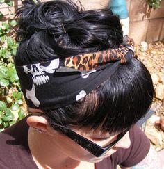 LAST ONE - Hula Skull Hair Tie - Bandana - Rockabilly Hair Tie - Reversible - İnteresting Hair İdeas Here Rockabilly Mode, Rockabilly Fashion, Rockabilly Shoes, Bun Hairstyles, Trendy Hairstyles, New Hair, Your Hair, Medium Hair Styles, Short Hair Styles
