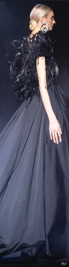 Elie Saab Couture, Ellie Saab, Fashion Sketches, Ball Gowns, Ready To Wear, Tulle, Classy, Formal Dresses, Elegant