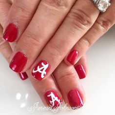 #rolltide #alabama #staugustine #shellacnails #footballsaturday #collegefootball by janeanjohnsonnails
