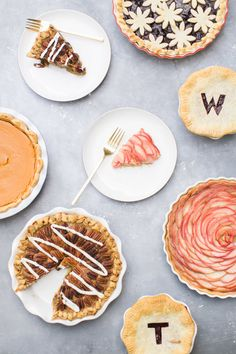 Pretty Pie Crusts for a Gorgeous Thanksgiving Dinner: Photography: Ruth Eileen - http://rutheileenphotography.com/