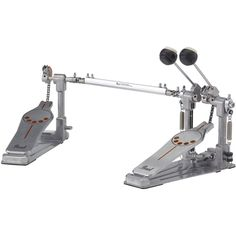 Pearl changed the game with the introduction of the Eliminator Demon Drive Pedal in 2009. Now, Pearl introduces the P-932 bass drum pedal. Featuring the industry leading characteristics of the award w