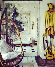 That is a really cute coat and a great contrast with the yellow and white! I've just started playing guitar, speaking of the little things in the bottom right corner.